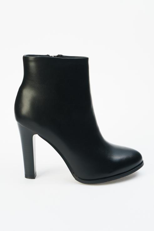 Ботинки женские ZENDEN 37-33WB-060SR черные 38 RU фото