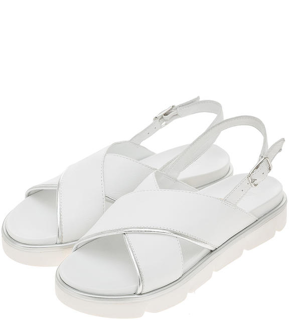 Босоножки женские Inuovo 111001 белые/серебристые 40