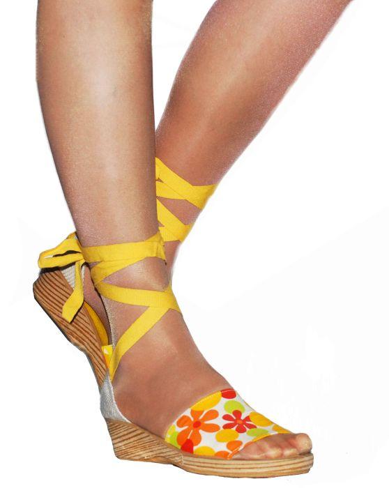 Босоножки женские Ramadoro 730 желтые 39 RU