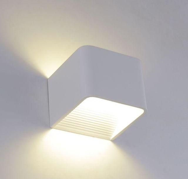 Настенный светодиодный светильник Crystal Lux CLT 010W100 WH фото