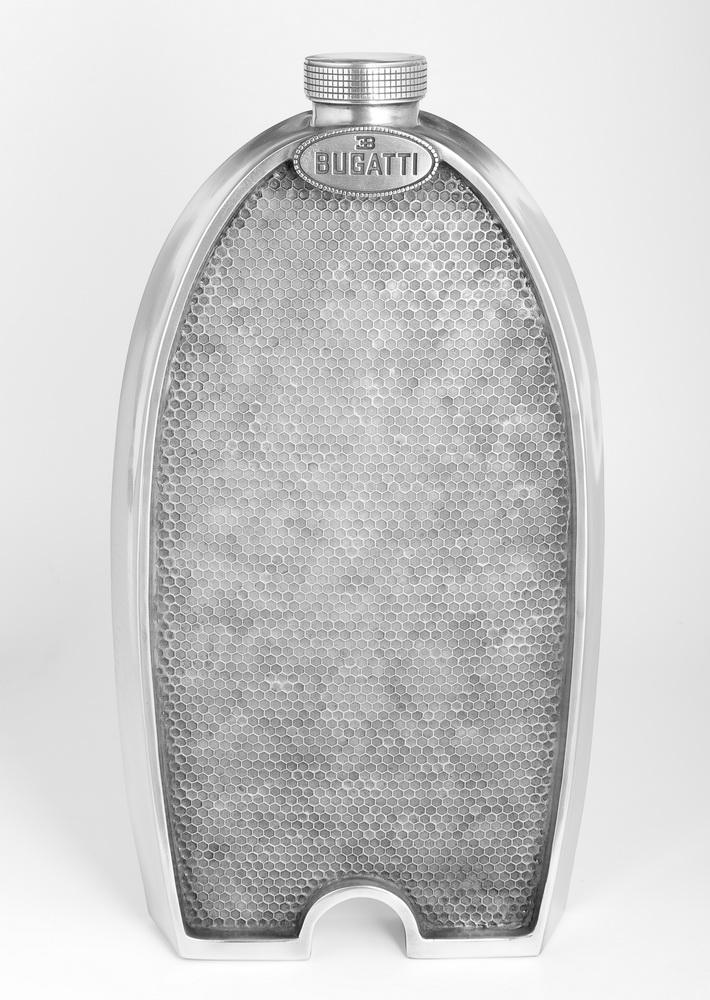 Скульптура радиатор 'Bugatti Grill', металл, 56x28 см