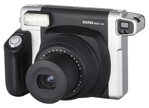 Фотоаппарат моментальной печати Fujifilm Instax Wide