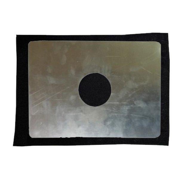 Окно(выход под трубу) с металлической вставкой Пингвин