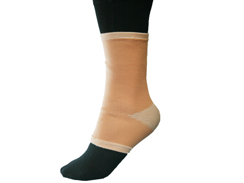 Купить Бандаж на голеностопный сустав эластичный BFE размер S, Titan Deutschland Gmbh