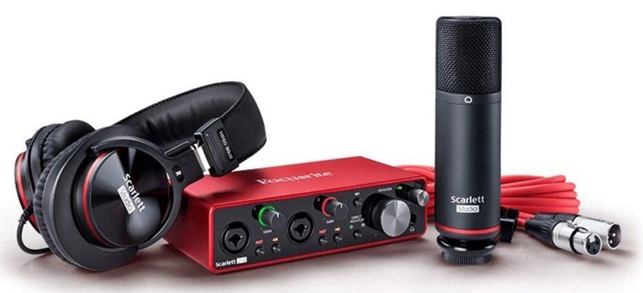 Аудиоинтерфейс Focusrite Scarlett 2i2 Studio 3rd