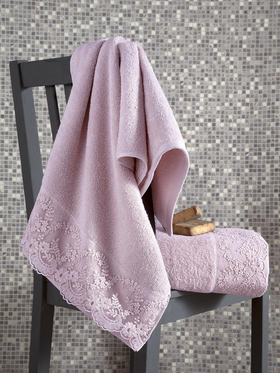 Комплект махровых полотенец c гипюр \