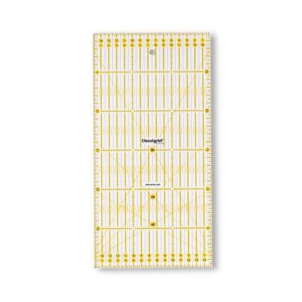Универсальная линейка с сантиметровой шкалой, 15x30 см