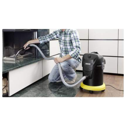 Строительный пылесос с контейнером для пыли Karcher AD 4 Premium