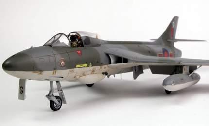 Английский многоцелевой истребитель Хоукер «Хантер» F.1 72026 ARK-models 1/72