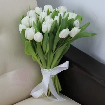 Монобукет из 25 белых тюльпанов FlorPro