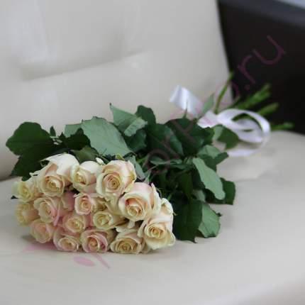 Монобукет из 15 кремовых роз FlorPro Талея 40 см