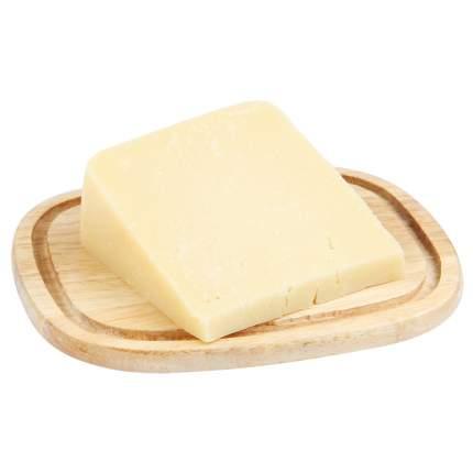 Сыр Джюгас пармезан твердый 40% 2 месяца 240 г