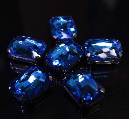 Хрустальные стразы в цапах прямоугольные (серебро) ярко-голубой 10*14мм, 5шт/упак Астра