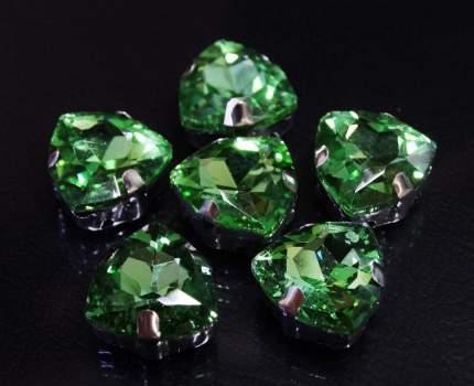 Хрустальные стразы в цапах треугольные (серебро) светло-зеленый 12мм, 3шт/упак Астра