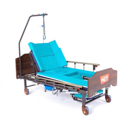 Кровать медицинская функциональная с туалетным устройством MET KARDO