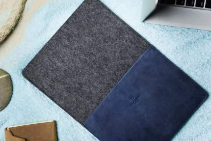 Кожаный чехол Stoneguard 541 (SG5410202) для MacBook Air 13 (Ocean/Coal)