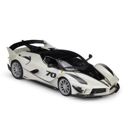 "Bburago Коллекционная машинка ""Ferrari FXX-K EVO 18-16012 1:18"", бело-серебристая"