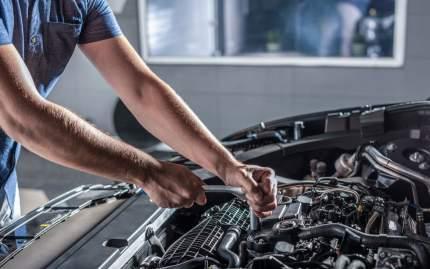 Замена радиатора охлаждения двигателя (антифриз слит)