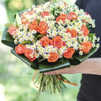 Букет FlorPro Ромашки и корраловые розы Normal