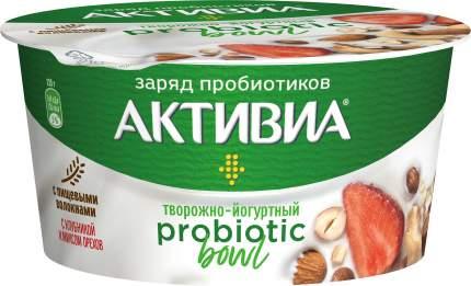 Продукт творожно-йогуртный Активиа Probiotic Bowl с клубникой и миксом орехов 3,5% 135 г
