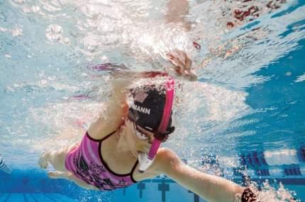 Трубка для плавания Finis Swimmer's Snorkel 1.05.009 розовая