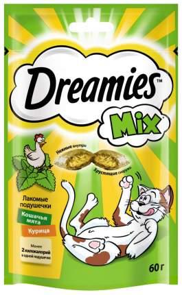 Лакомство для кошек Dreamies Mix Подушечки с курицей и кошачьей мятой 60 г