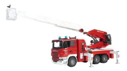 Пожарная машина Bruder Scania с выдвижной лестницей
