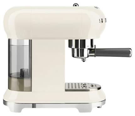 Рожковая кофеварка Smeg ECF01CREU Beige