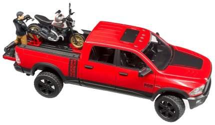Внедорожник Ram, с мотоциклом Ducati