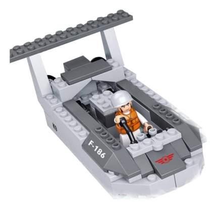 Конструктор пластиковый Sluban Десантный корабль