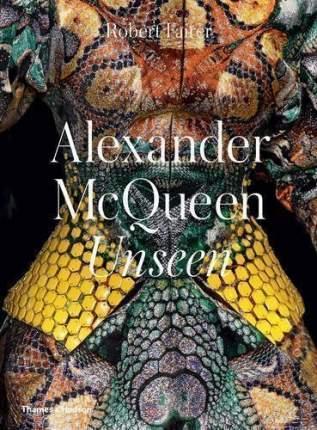 Книга Alexander McQueen, Unseen
