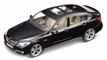 Коллекционная модель BMW 80422156800