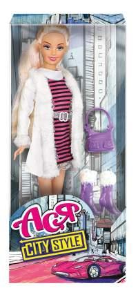 Кукла Ася Блондинка в полосатом платье и белой шубке Городской стиль