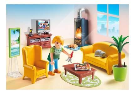 Кукольный дом: гостиная с камином