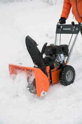 Бензиновый снегоуборщик Daewoo DASC 560T