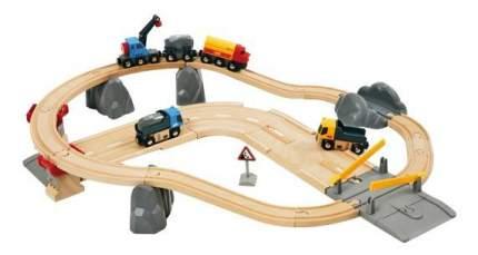 Набор железная дорога Brio с автодорогой и переездом 33210