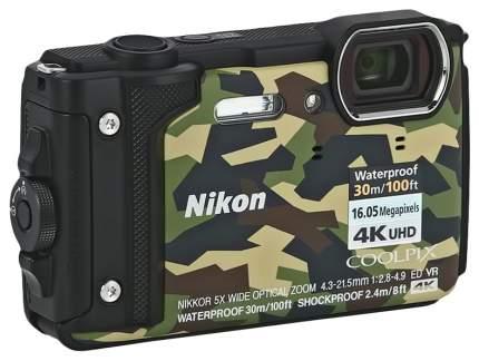 Фотоаппарат цифровой компактный Nikon COOLPIX W300 Green/Black