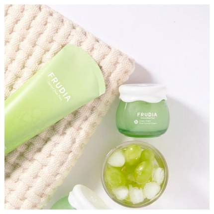 Скраб для лица Frudia Green Grape Pore Control Scrub 145 г