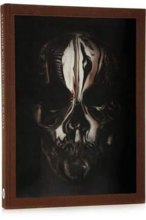 Книга Alexander McQueen: Savage Beauty
