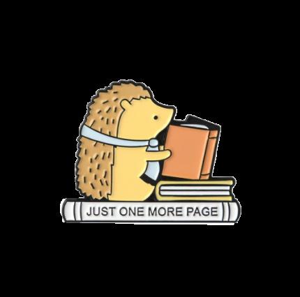 Значок Еж с книгой, металл