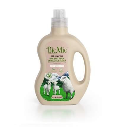 Гель для стирки деликатных тканей Biomio без запаха 1.5 л