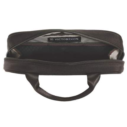 Несессер Victorinox Lifestyle Accessories 4.0 Overmight Essentials Kit черный