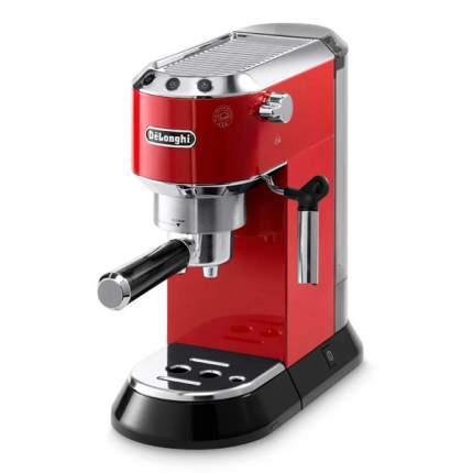 Рожковая кофеварка DeLonghi EC680.R Red