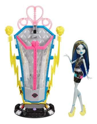 Игровой набор Monster High Франки и подзарядная станция