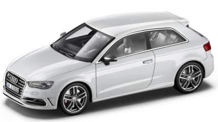 Коллекционная модель Audi 5011313013