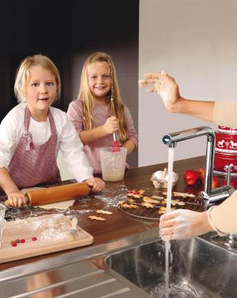 Смеситель для кухонной мойки Grohe Minta Touch 31360000 хром