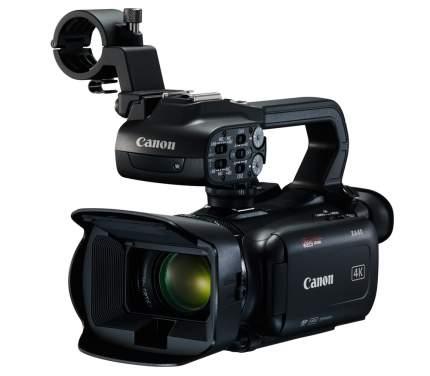 Видеокамера Canon XA40