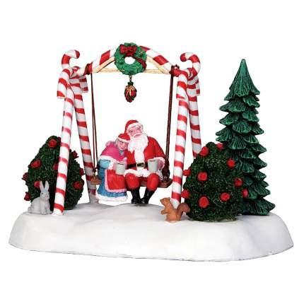 Lemax Композиция Санта качается, 13*17 см, движение, батарейки 24479