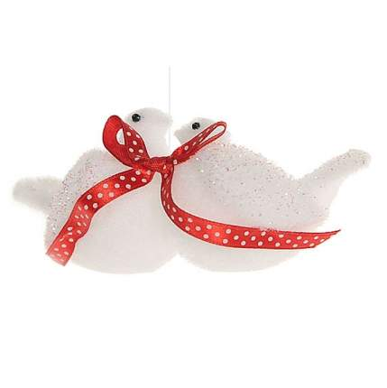 Елочная игрушка Влюбленные Голубки с Красным Бантом 10 см, подвеска 121501