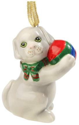 Елочная игрушка Kuchenland Собака серая с мячом 6,5 см